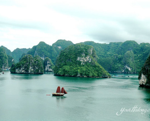 Picturesque Halong Bay - Halong Bay tours