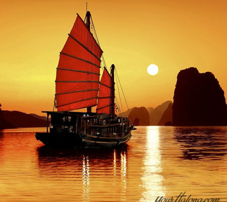 Halong Bay over the sunset - Halong Bay tour