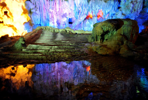 Thien Cung Cave in Halong Bay Vietnam - Halong Bay Tours
